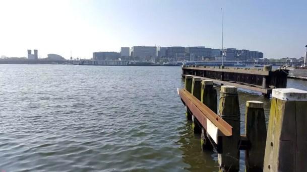 Blick von der anderen Seite auf Amsterdam