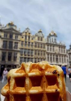 10 Ideen für deinen Besuch in Brüssel, z.B. Waffeln essen