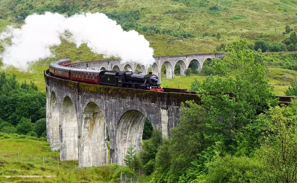 Roadtrip - mit dem VW-Bus durch Schottland - Der Hogwarts Express auf dem Glenfinnan Viadukt
