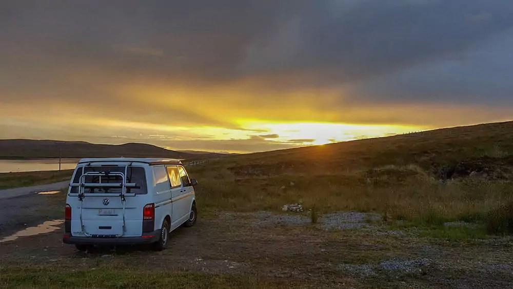 Freistehen / wildcampend mit Bulli in Schottland