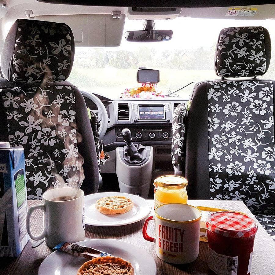 Autark reisen mit VW-Bus Ausstattung