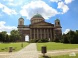 In Esztergom schauen wir uns die größte Kirche Ungarns an
