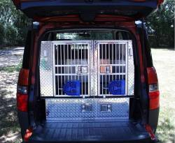 Honda Element with custom crate installation