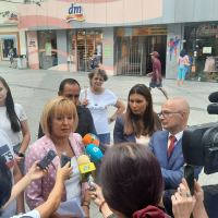 Манолова: Ще заведем колективен иск срещу държавата за незаконното подслушване на стотици протестиращи