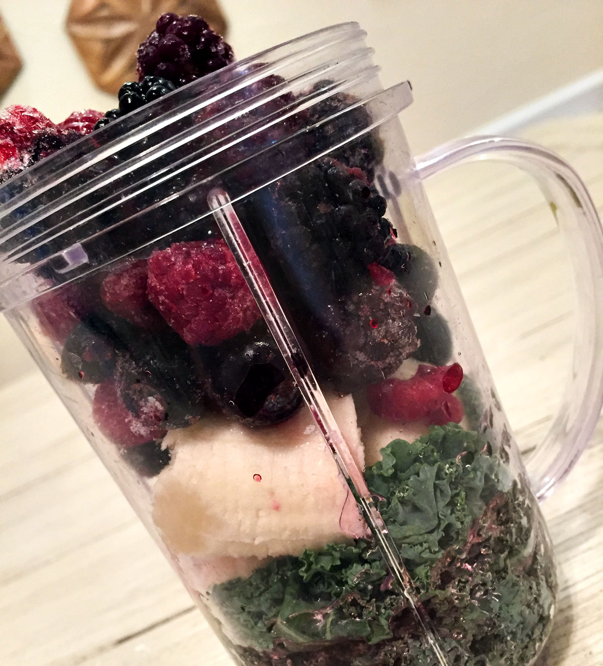 Three-Day-Vegan-Cleanse-Berry-Kale-Smoothie-By-Bumble-and-Bustle