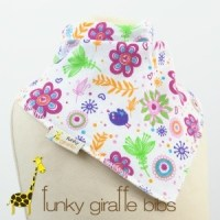 Review: Funky Giraffe Bibs
