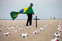 Protes FIFA 2014 09