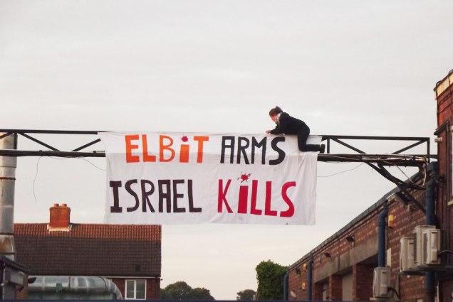 Demonstran Inggris Pro Palestina Duduki Pabrik Israel di Inggris 02