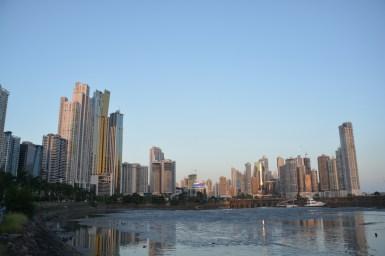 """diese Skyline ist wahrscheinlich am meisten durch die """"PanamaPapers""""-Affäre bekannt geworden"""