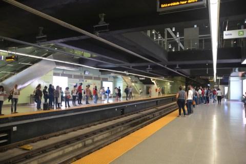 erstaunlich moderne U-Bahn in Pnama City
