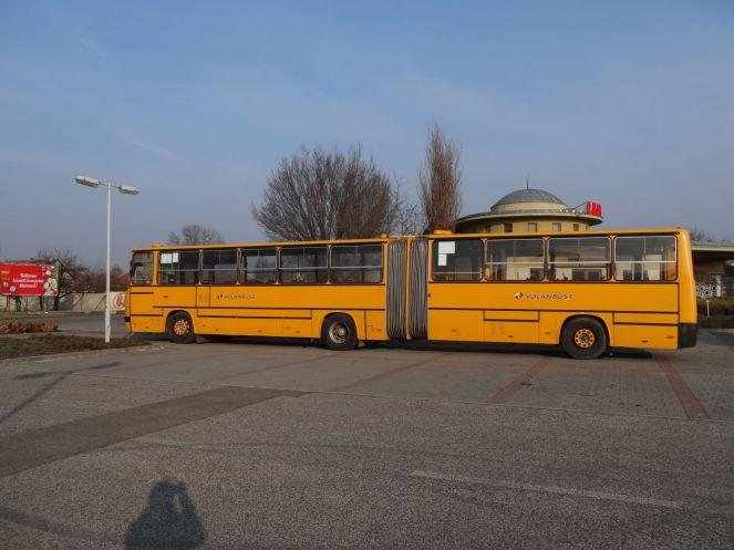 solche Ikarus-Busse fuhren in der DDR auch rum