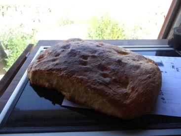 Selbstgebackenes Brot von der Schweißer-Ehefrau
