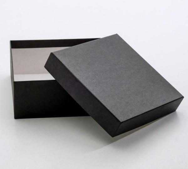 "Коробка ""Черный крафт"""