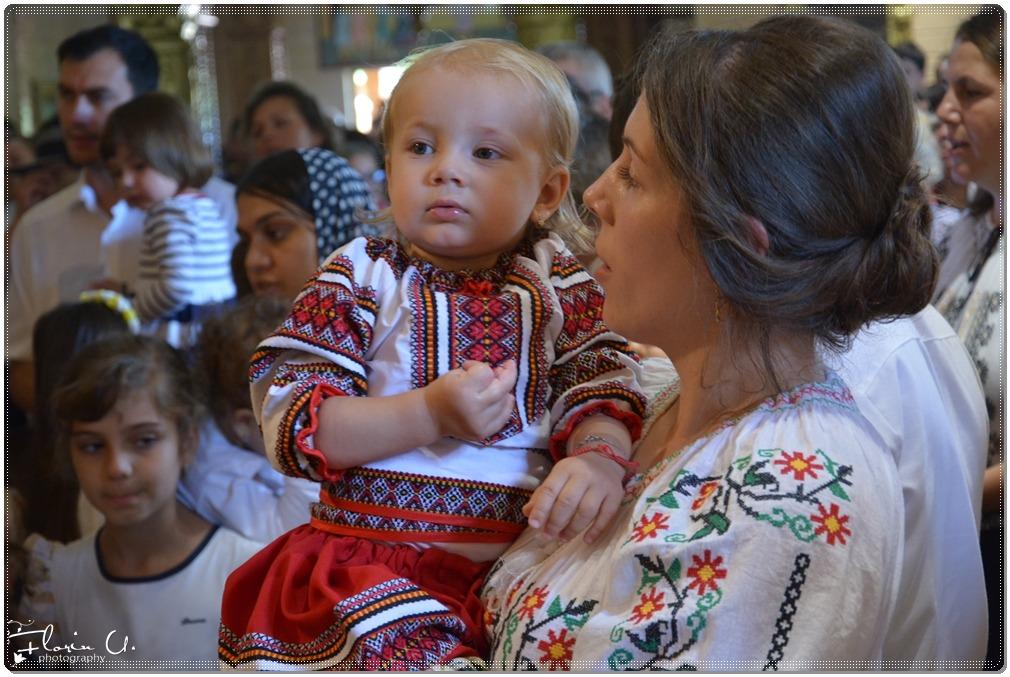 Cum vede Biserica relația dintre mamă și copil