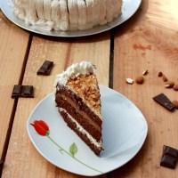Tort cu crema de ciocolata si crema de mascarpone cu krantz de migdale