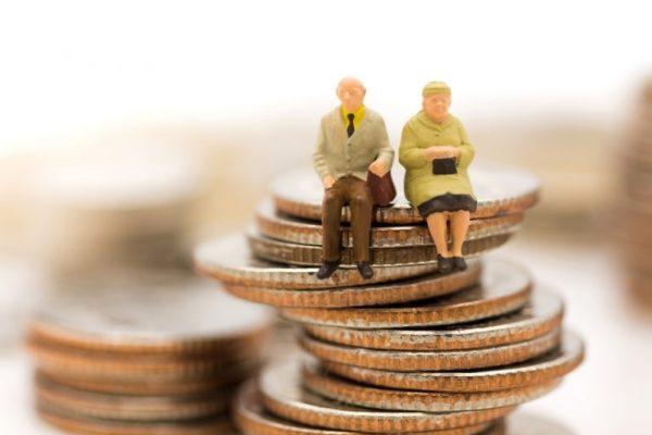 care este varsta de pensionare