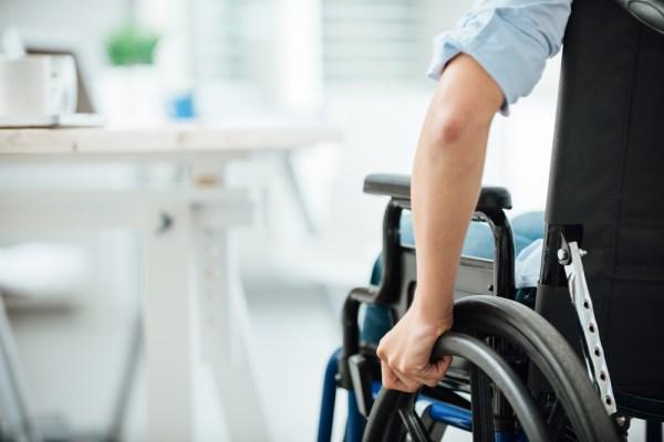 angajare persoane cu dizabilitati