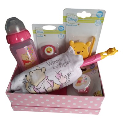Winnie the Pooh baby girl gift set