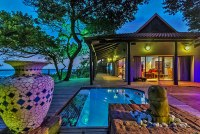 ZIMBALI SOUTH AFRICA BEACH HOUSE DOLPHIN COAST HOLIDAY HOUSE SELF CATERING BEACH VILLA