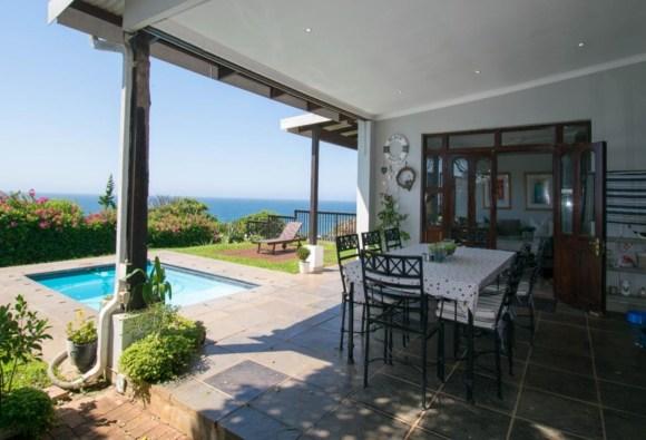 Shaka's Rest – Modern, PET FRIENDLY 3 Bedroom Holiday Villa