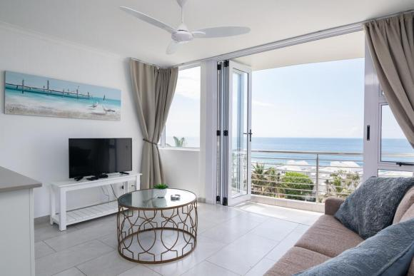 Shaka's Rock  – Affordable Beach Front Units 1, 2 and 3 Bedroom Options