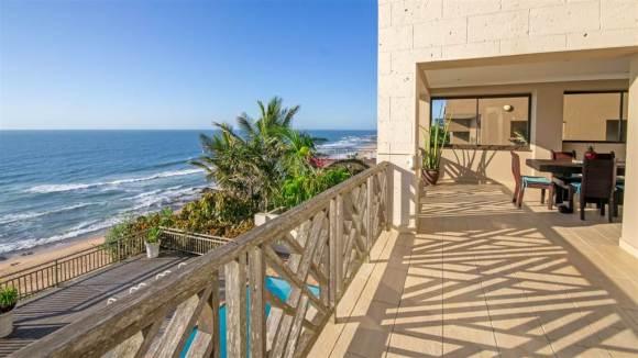 Amabhishi House – 4 Bedrooms Right On Ballito Beach