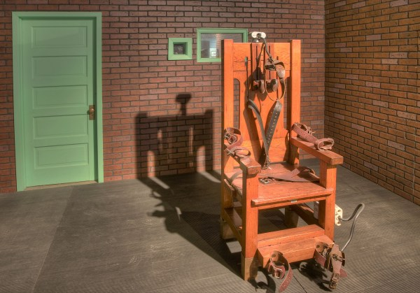 Bundy and the Electric Chair | Confessions of a Bundyphile