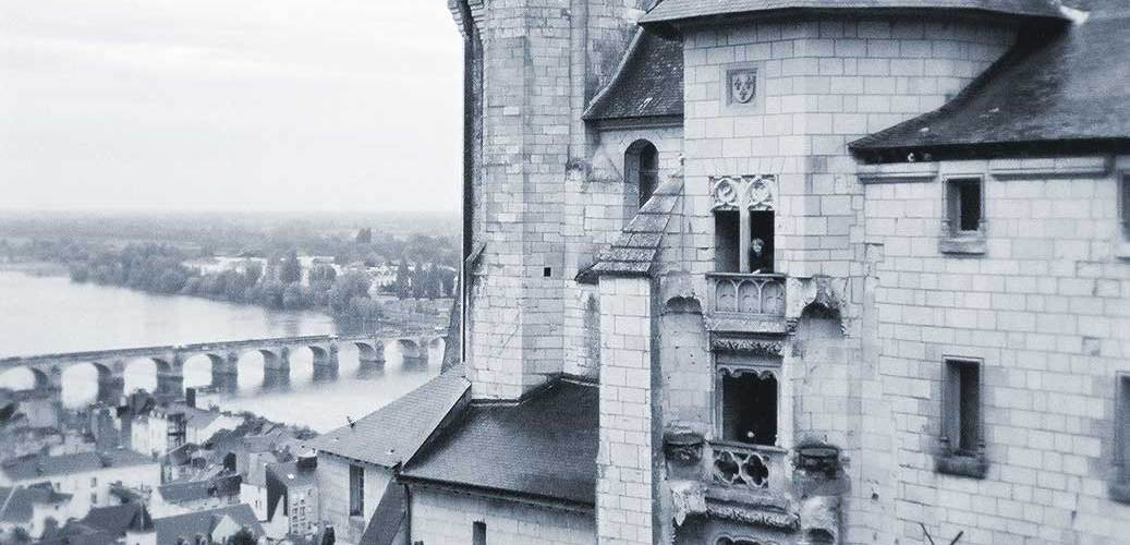 Bun E. Boniface® visits Saumur, FRANCE bunetales.com