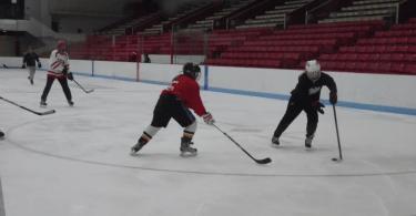 BU hockey scrimmage class