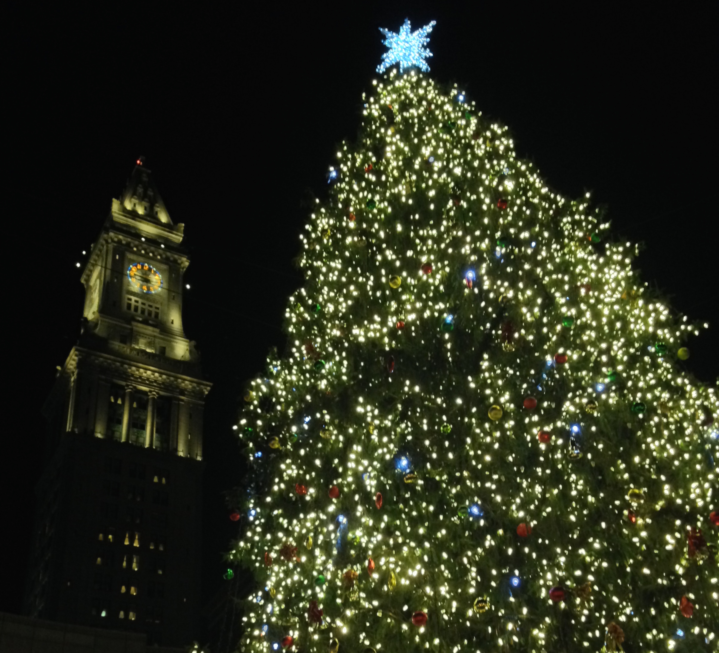 Live blog Faneuil Hall tree-lighting celebration  sc 1 st  Boston University News Service & Live blog: Faneuil Hall tree-lighting celebration | Boston ...