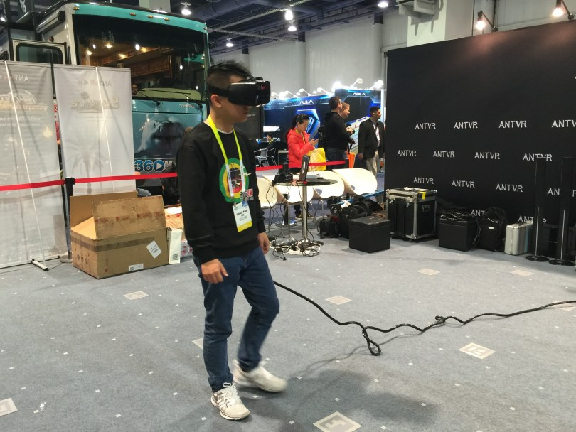A CES 2016 attendee tries out the ANTVR. (Photo/Michelle Johnson)