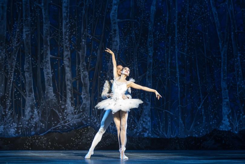 "BOSTON, November 25, 2016 – Seo Hye Han and Paul Craig as Snow Queen and King at dress rehearsal for Boston Ballet's ""The Nutcracker."" Photo by Kankanit Wiriyasajja."