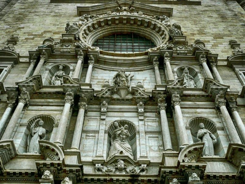 day-trip-to-girona-facade-cathedral
