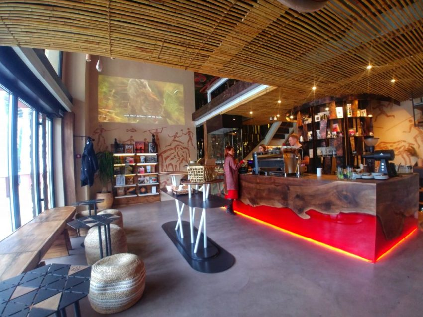 specialty-coffee-shops-in-odessa-afrika-cafe