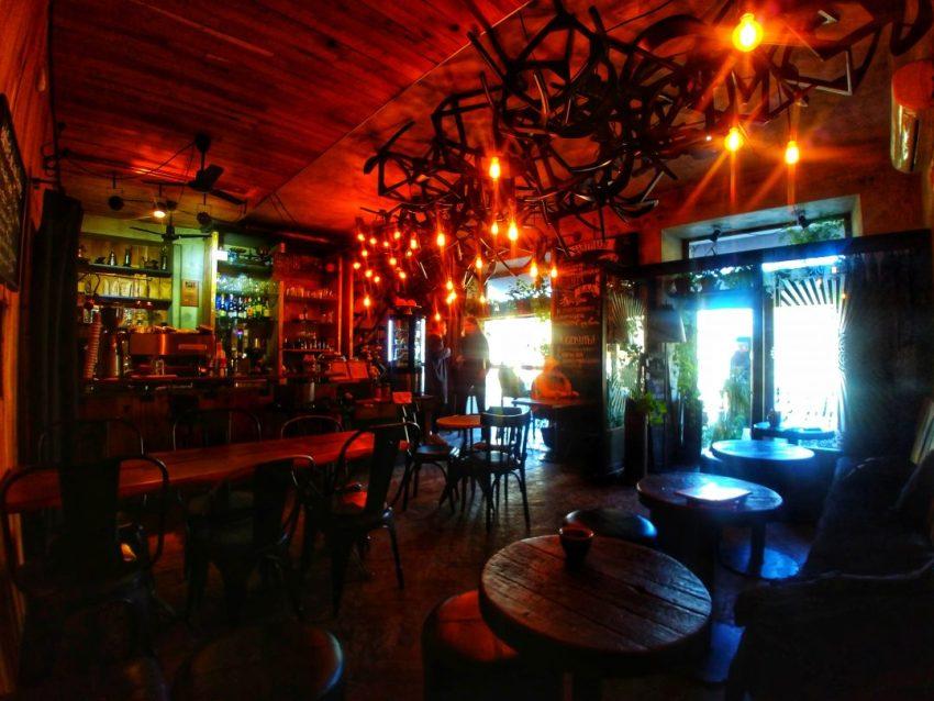 specialty-coffee-shops-in-odessa-atelier