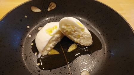 生モッツァレラ(ブラータ)の食べ方やレシピは?賞味期限はいつまで?