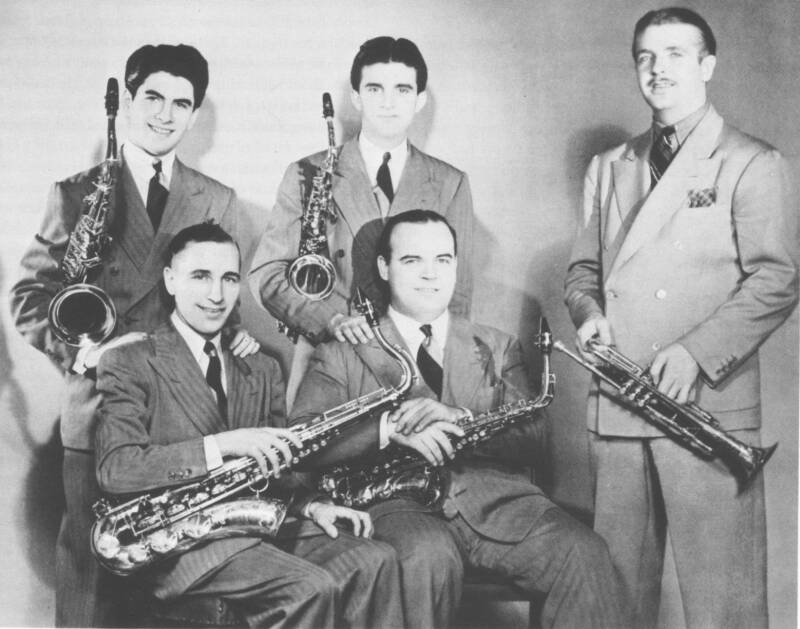 Berigan with the saxophone section of his band, late 1937. L-R: Georgie Auld, Clyde Rounds, tenors; Joe Dixon, Mike Doty, altos.