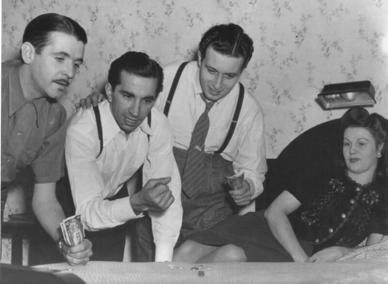 Somewhere on the road, early 1942. L-R: Berigan, his manager Don Palmer, and vocalists Danny Richards and Kay Little, who were husband and wife. Palmer was a very effective manager who moved Berigan's career out of the doldrums. By 1942, Berigan was on the comeback trail. Tragically, at this same time, his health declined rapidly leading to his death on June 2, 1942.