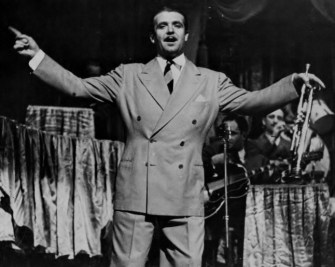 Berigan onstage at the Loew's-State Theater, New York City, August 24-30, 1939.