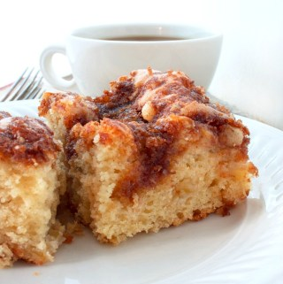 Sour Cream Apple Coffee Cake