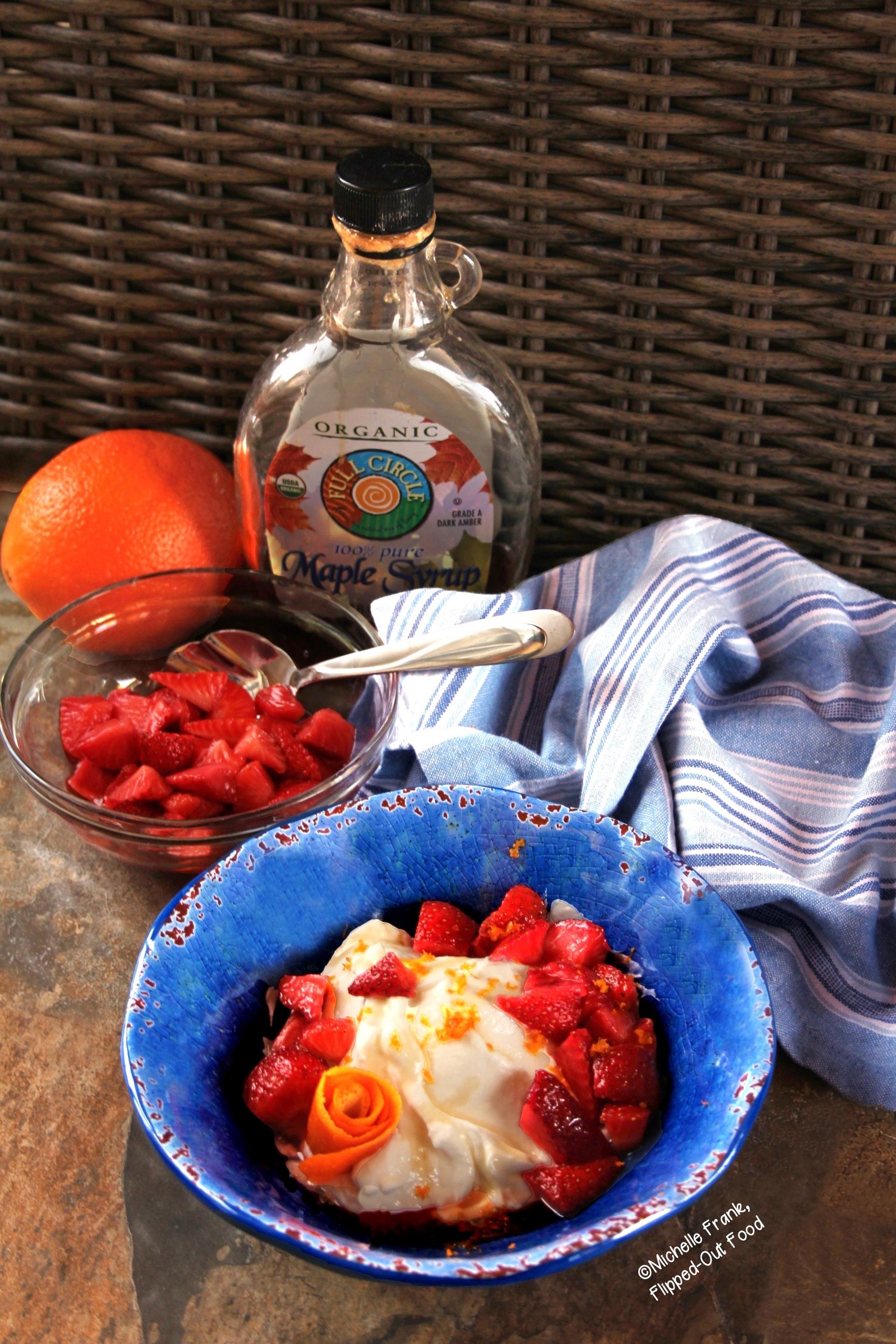 橙色草莓甜点碗
