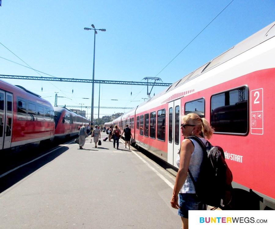 """Am Bahnhof """"Budapest-Deli"""" * BUNTERwegs. Der Outdoor blog für Frauen mit Liebe zum Wandern und zur Street Art"""