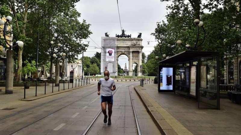 ++Ultim'ora++Milano: Nuova risalita dei contagi, ora in città i casi sono 8000