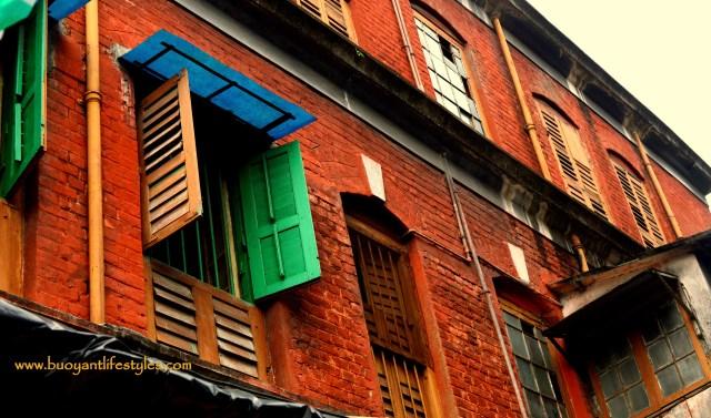 Photo walk in Kumartuli in Kolkata + how to visit kumartuli + places of interest in Kolkata + things to do in kolkata #kumartuli #kolkata #idolmaking #maadurga