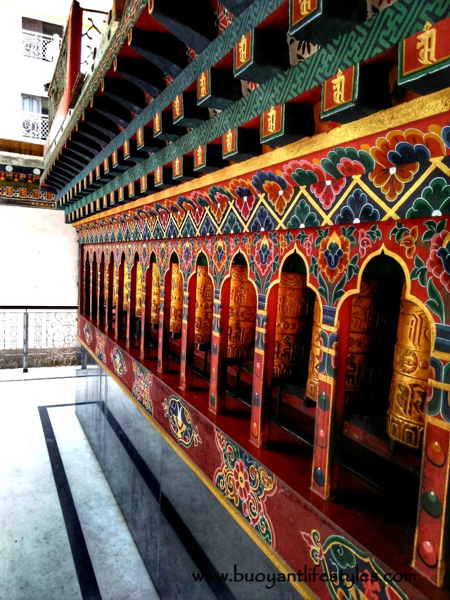 Bhutan travel guide + Bhutan itinerary + how to visit Bhutan + Places of interest in Bhutan #bhutantravelguide #bhutanfromindia