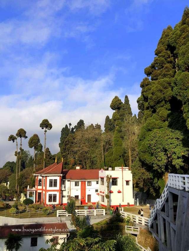 #darjeelingtouristplaces#darjeeling#japanesetemple#peacepagoda#northbengaltourism + tourist places in darjeeling + darjeeling tourism