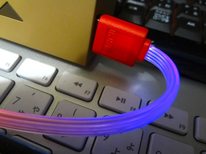 ascii-lighting-usb-cable-1DSC01806