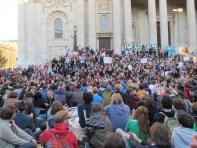 Occupy_London_crowd