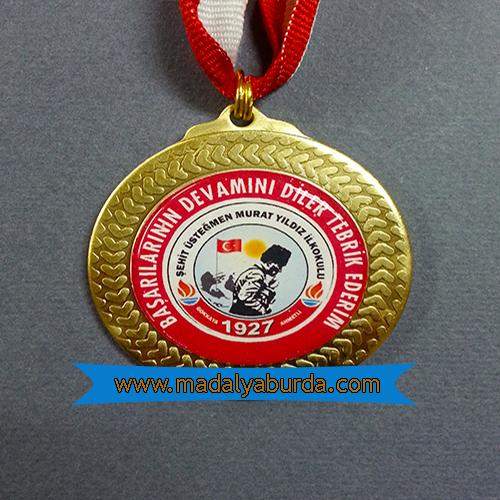 Atatürk logolu madalya
