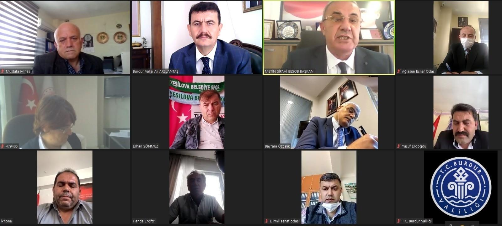 Vali Arslantaş, Esnaf Odası başkanlarıyla çevrimiçi konferans yaptı